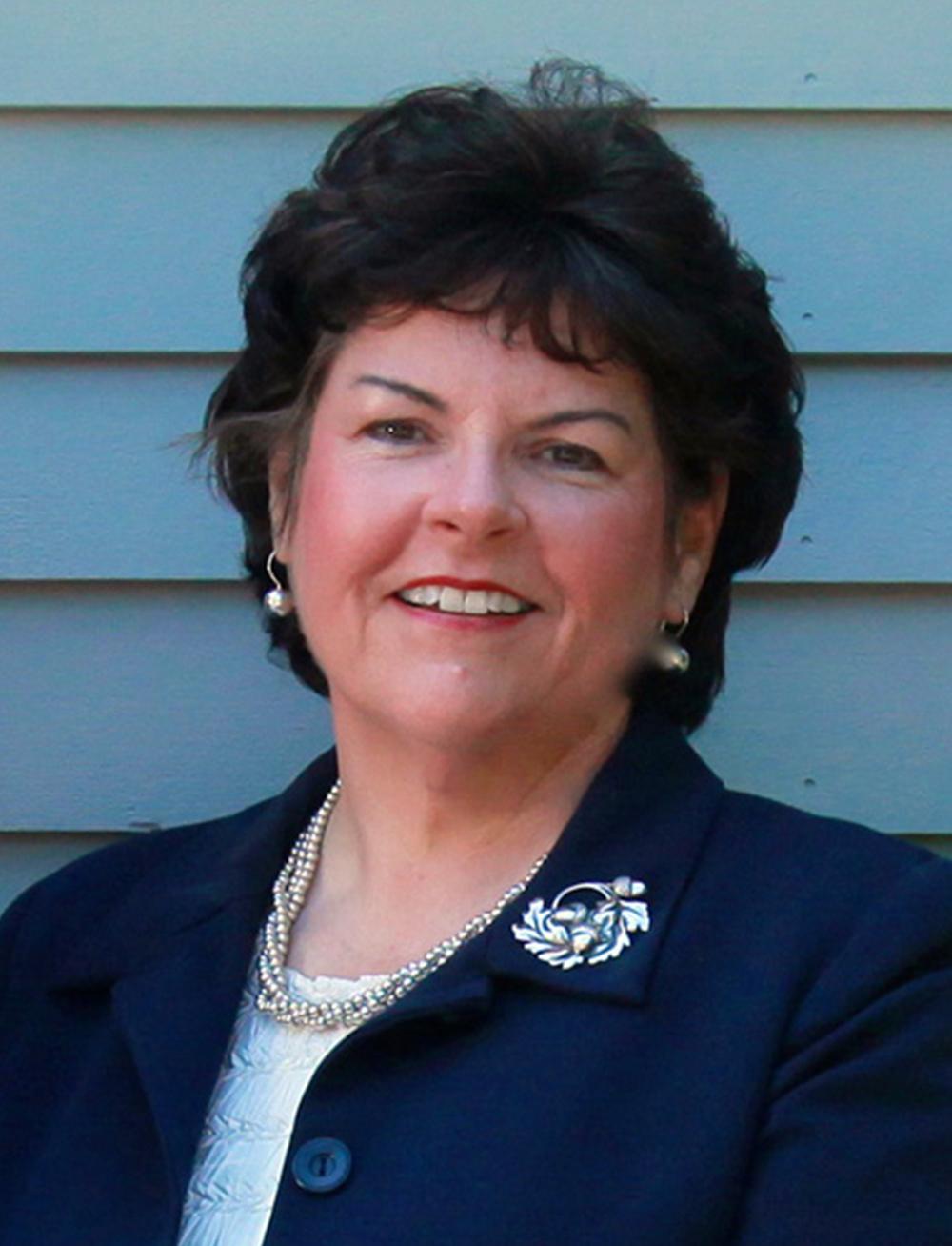 Joanne MacInnis, RN CDP